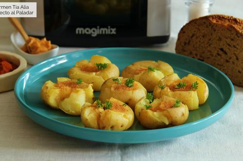 Patatas chafadas con mantequilla de pimentón y ajo, receta con y sin Magimix Cook Expert