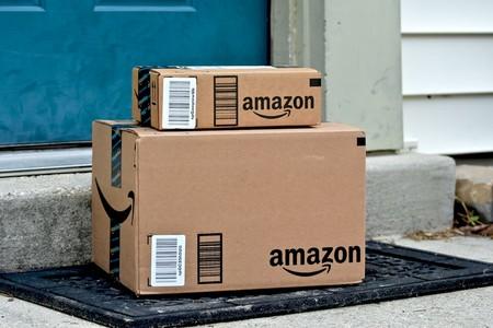 Amazon está usando nuevas máquinas que empaquetan productos de forma automática y reemplazan el trabajo de 24 personas, según Reuters