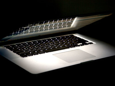 Los iPhone y Mac han sido hackeados por la CIA para tareas de espionaje desde hace varios años: Wikileaks