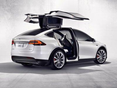 Tesla se aprieta el cinturón, ahora puedes tener un Tesla Model X desde 74.800 euros