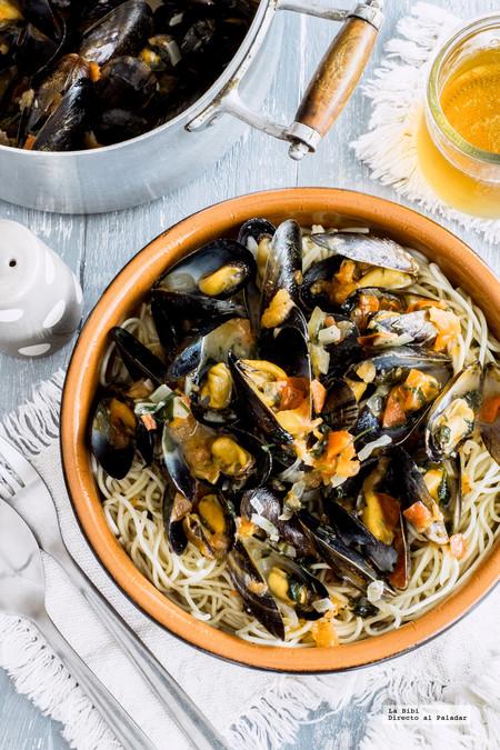 Mejillones a la marinara con espagueti. Receta para Semana Santa