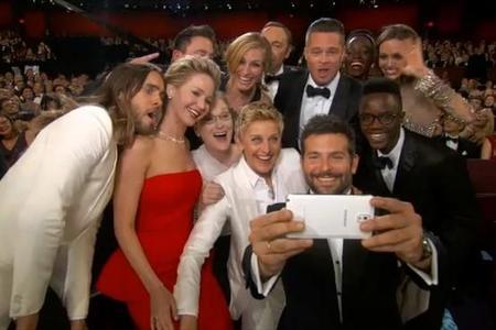 Samsung donará 3 millones en favor asociaciones por el selfie más famoso de la historia.