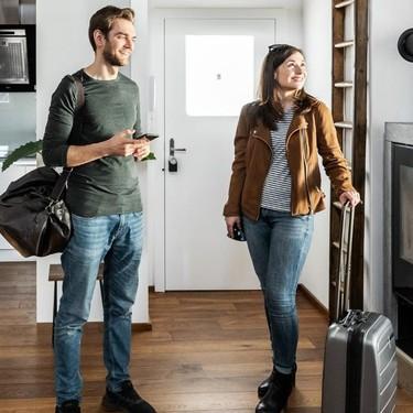 Lo último en Smart Home son las cerraduras inteligentes con las que, desde el móvil, dar acceso a casa a tu casa a quien elijas