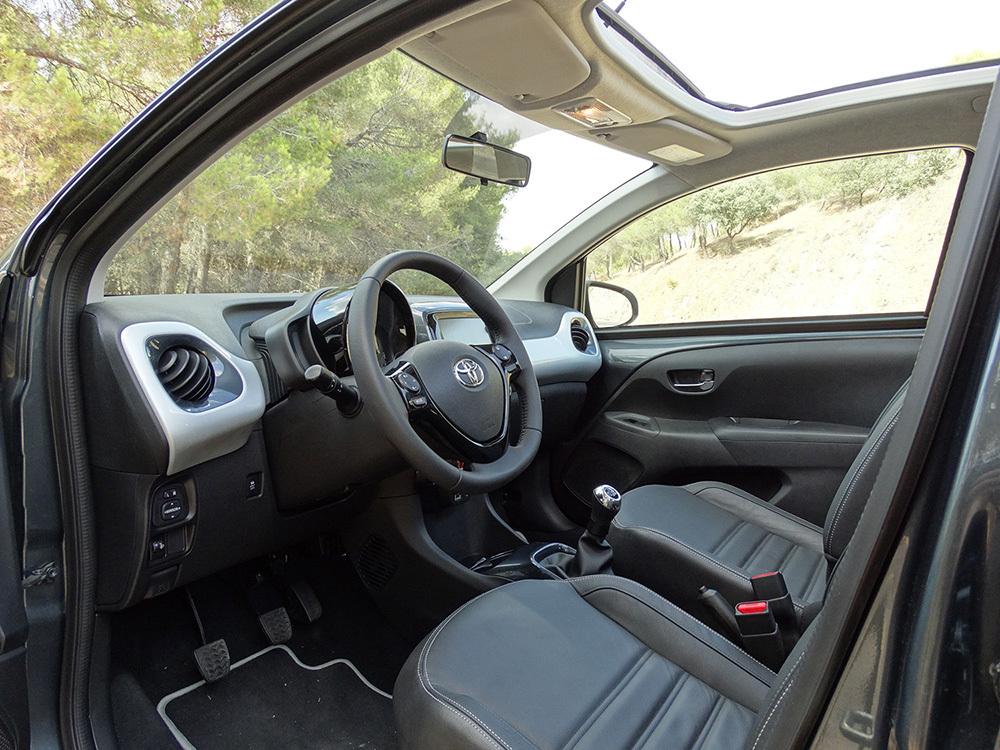 Foto de Prueba Toyota AYGO 2016: interiores, todas las fotos (20/62)