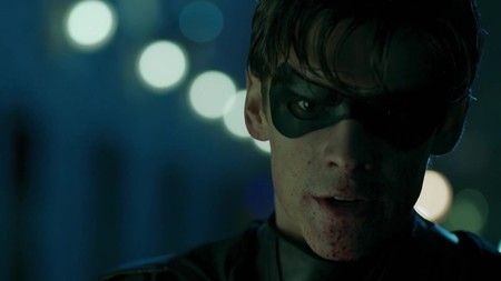 """""""Que jodan a Batman"""". 'Titans' sorprende con un tráiler oscuro, violento y... bastante cutre"""