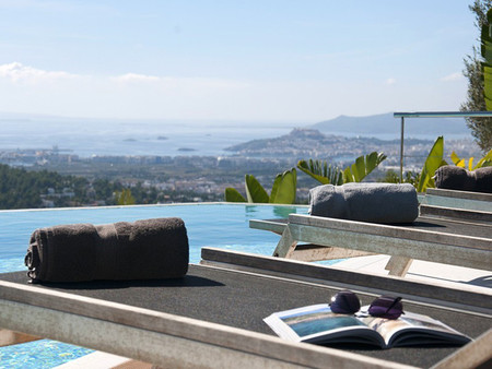 En Can Furnet (Ibiza), espectacular chaletazo con vistas de infarto