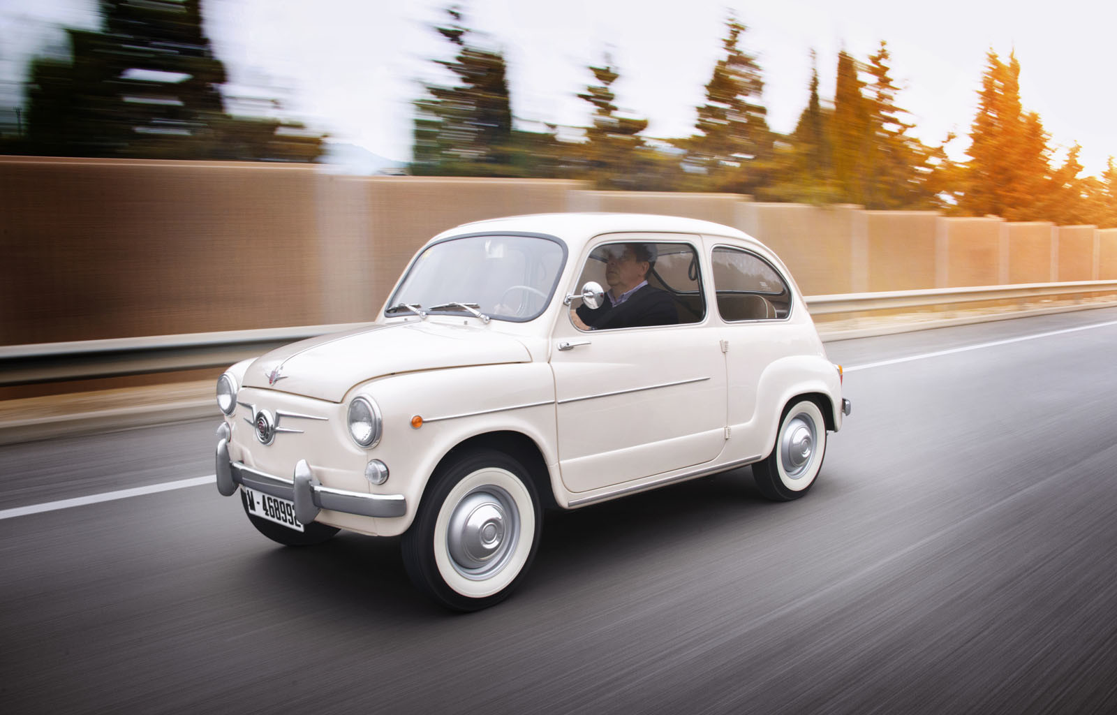 Foto de SEAT 600 (50 Aniversario) (20/64)