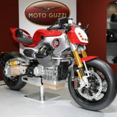 Foto 6 de 12 de la galería prototipos-moto-guzzi-en-el-salon-eicma-2009 en Motorpasion Moto