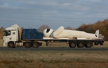 The Stig mide nueve metros y va camino de Polonia