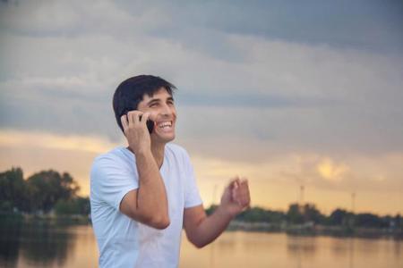 Telefonía móvil en prepago ¿cuáles son sus ventajas y desventajas?