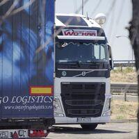 Todos los camiones que circulen por Francia a partir de enero deberán llevar pegatinas que alerten de los ángulos muertos