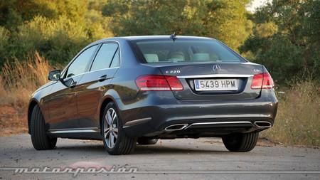 Mercedes-Benz E 220 CDI 7G-TRONIC, prueba (equipamiento, versiones y seguridad)