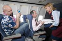 Si viajas muchas horas sentado, evita la inmovilidad