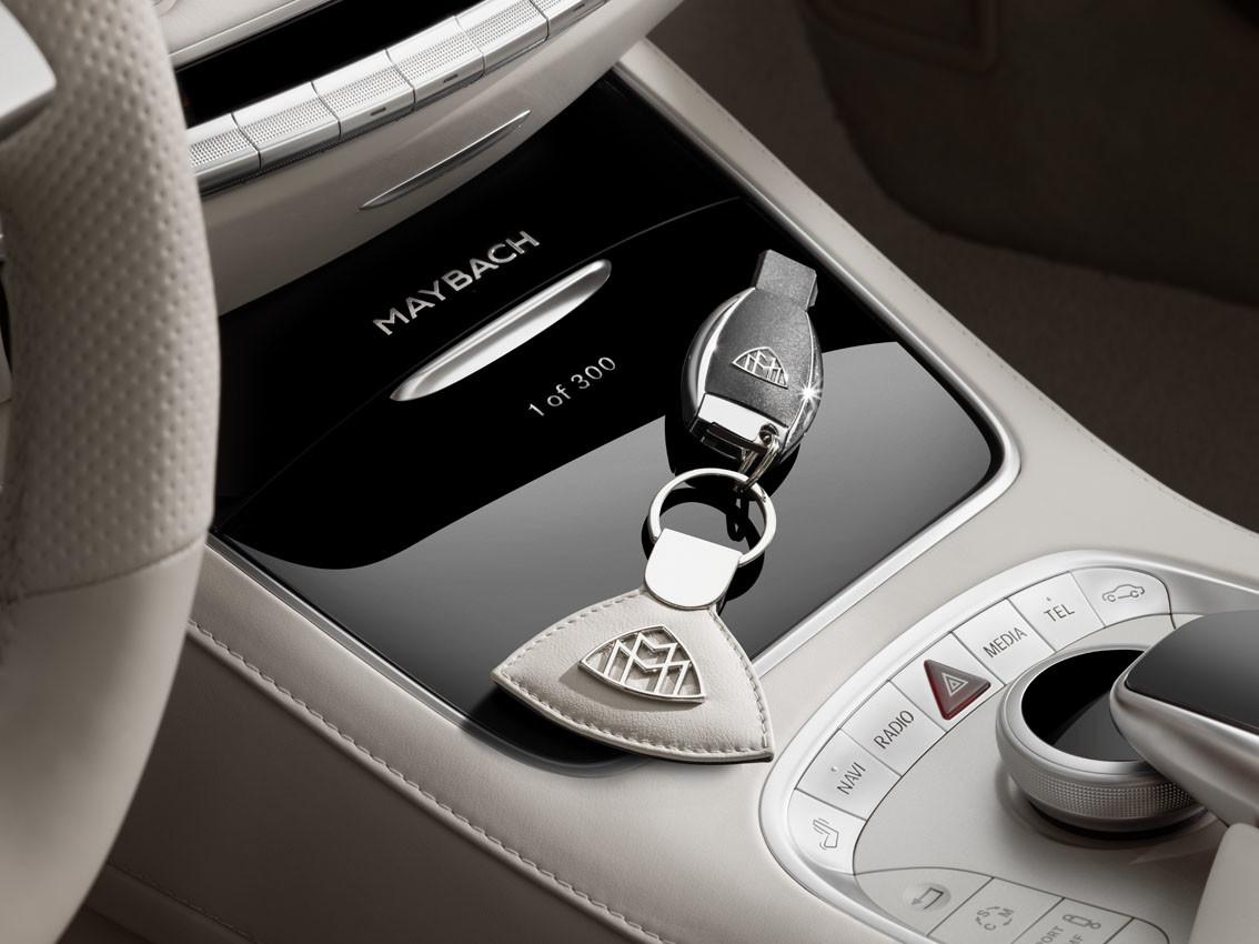Foto de Mercedes-Maybach S 650 Cabrio (37/37)