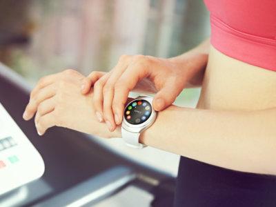 11 estados mentales y situaciones reales que solo un runner con smartwatch puede entender