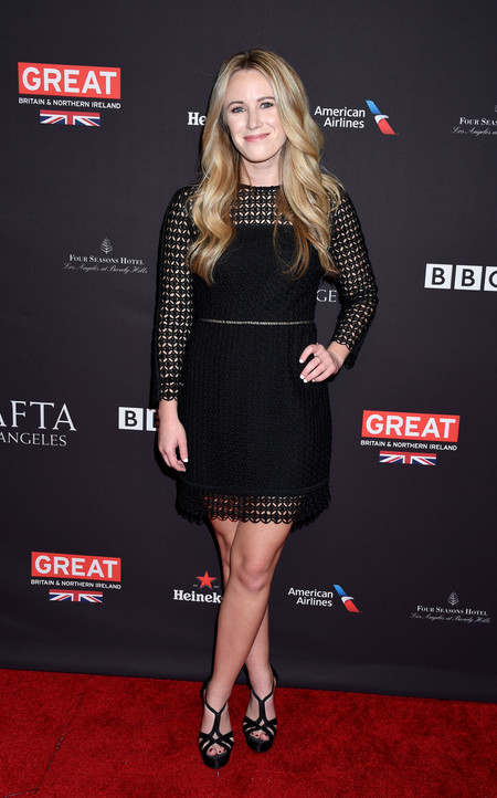 tea party bafta alfombra roja Kelsey Lamb