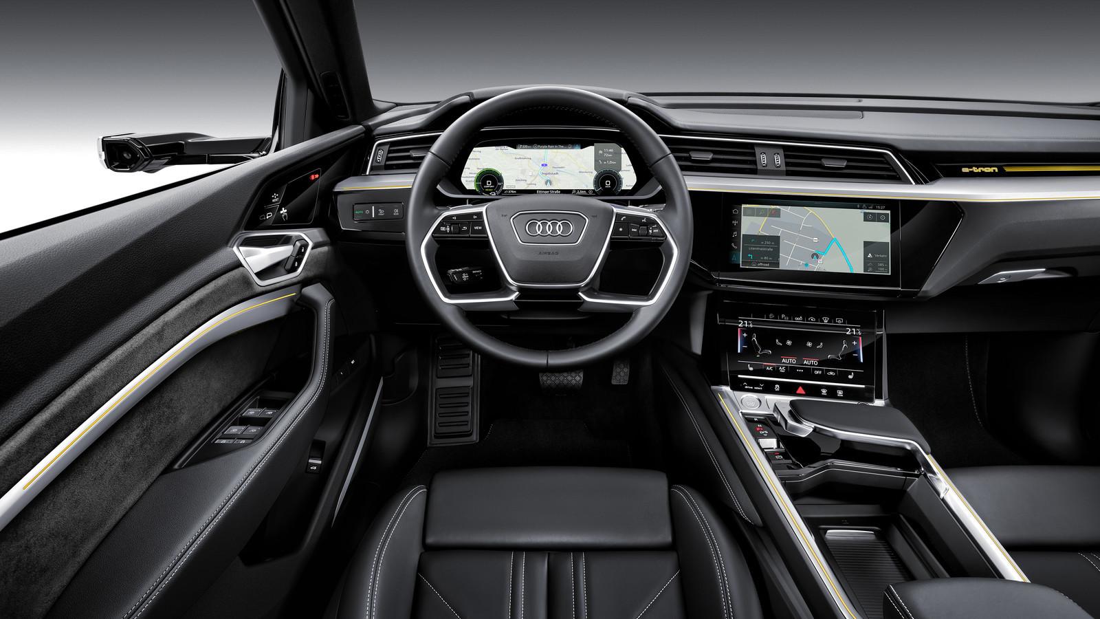 Foto de Audi e-tron (19/37)