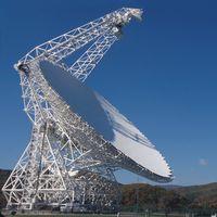 """Aliens, """"alérgicos al WiFi"""" y otras historias que rodean al telescopio dirigible más grande del mundo"""