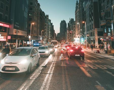 Los fabricantes dan plantón al Gobierno en una reunión para debatir la prohibición de coches nuevos de combustión en 2040