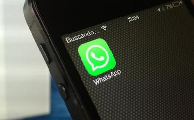 ¿De verdad hace falta una campaña para que no atendamos al WhatsApp mientras conducimos?