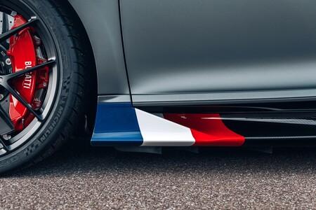 Bugatti Chiron Sport Les Legendes Du Ciel 2021 010
