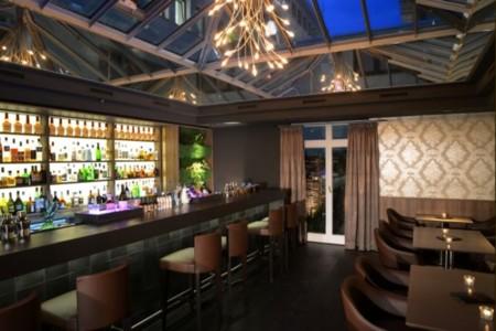 Hemingway Bar Im Best Western Premier Hotel Victoria In Freiburg 1005353 W700
