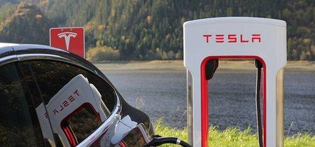 ¿Construir una batería Tesla es tan contaminante como el coche de gasolina?