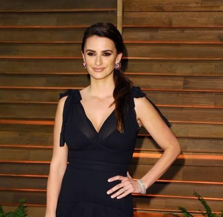 Penélope Cruz, con la moda ecológica de H&M Conscious en la fiesta de Vanity Fair