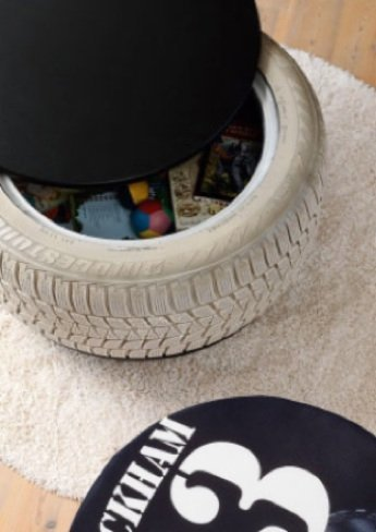 Recicladecoración: mesas auxiliares con espacio de almacenaje hechas con neumáticos