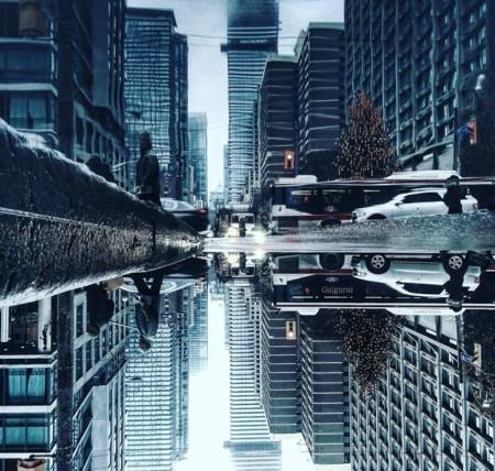 Un charco, un móvil y un buen ojo: los elementos para crear increíbles mundos paralelos