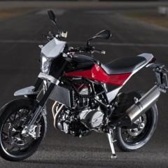 Foto 49 de 111 de la galería husqvarna-nuda-900-y-900r-datos-y-fotos-oficiales en Motorpasion Moto