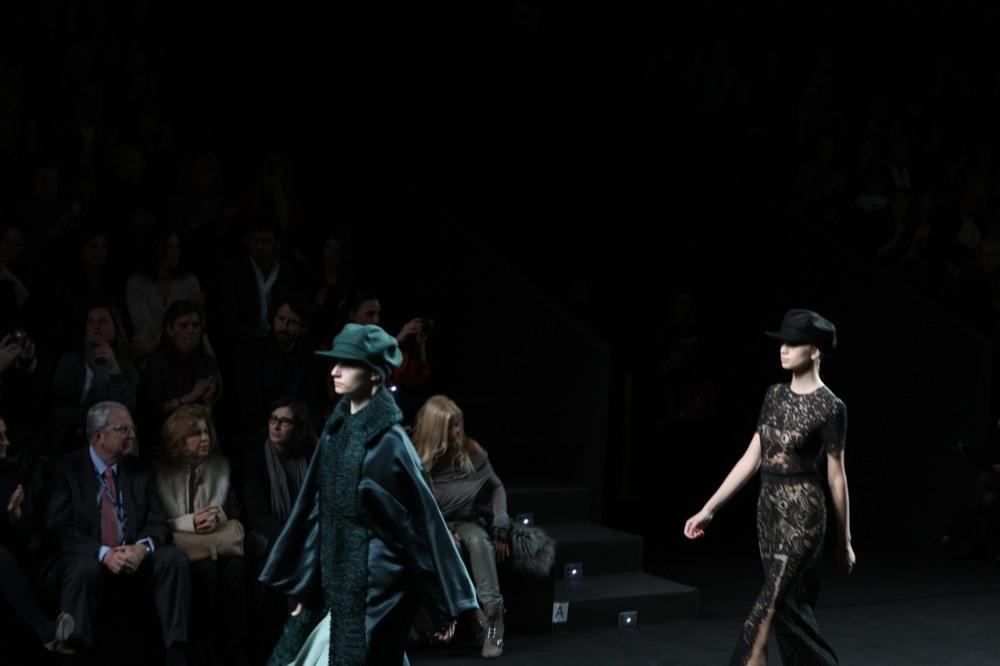 Foto de Jesús del Pozo en la Cibeles Fashion Week Otoño-Invierno 2011/2012 (48/71)
