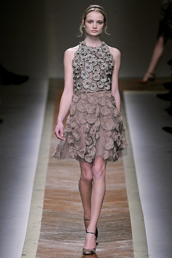 Foto de Valentino Otoño-Invierno 2011/2012 en la Semana de la Moda de París: la moda está triste (7/23)