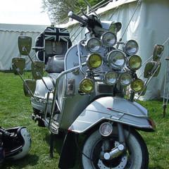Foto 7 de 14 de la galería scooter-clasicos-faros-y-retrovisores-a-go-go en Motorpasion Moto