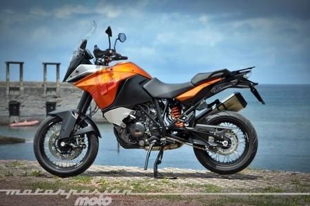 Motorpasión a dos ruedas: prueba Motormaníaonline 1190 Adventure y Rav Naked 250