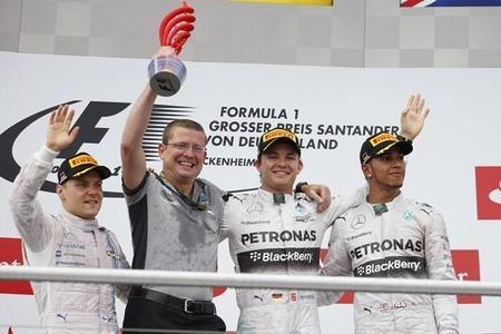 Nico Rosberg vence en casa y es más líder
