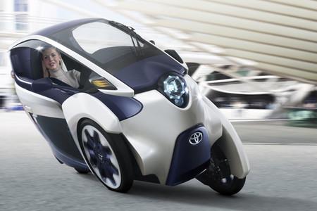Toyota i-Road, un triciclo eléctrico para el día a día