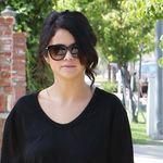 Selena Gomez triunfa con un look de más de 1.000 euros (aunque, en realidad, puedes emularlo por mucho menos)