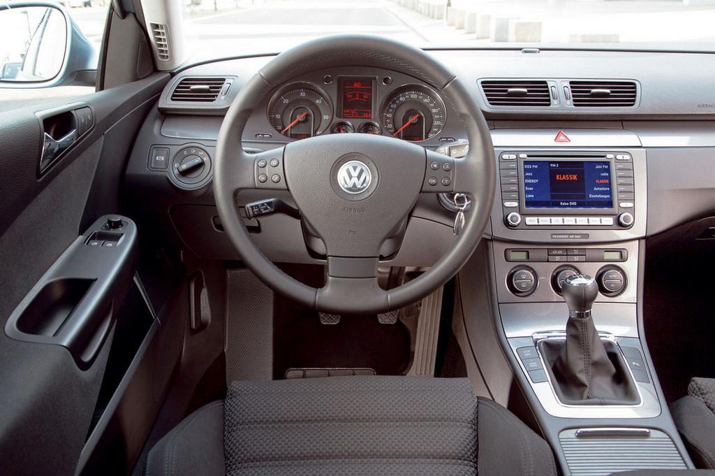 Foto de Volkswagen Passat Bluemotion (2/4)