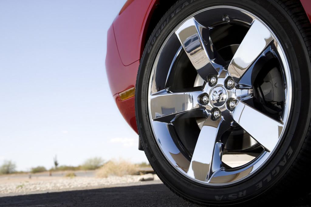 Foto de Dodge Challenger R/T (21/37)