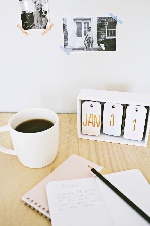 Diy Modern Desk Calendar 8