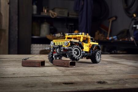 Jeep Wrangler de LEGO Technic, diversión off-road para esta navidad