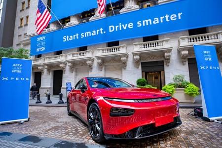 EEUU recibe con los brazos abiertos al 'Tesla chino': Xpeng recauda 1.500 millones de dólares en su debut en la bolsa