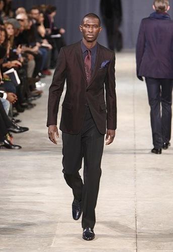 Looks para Navidad. El traje y sus numerosos estilos, Louis Vuitton