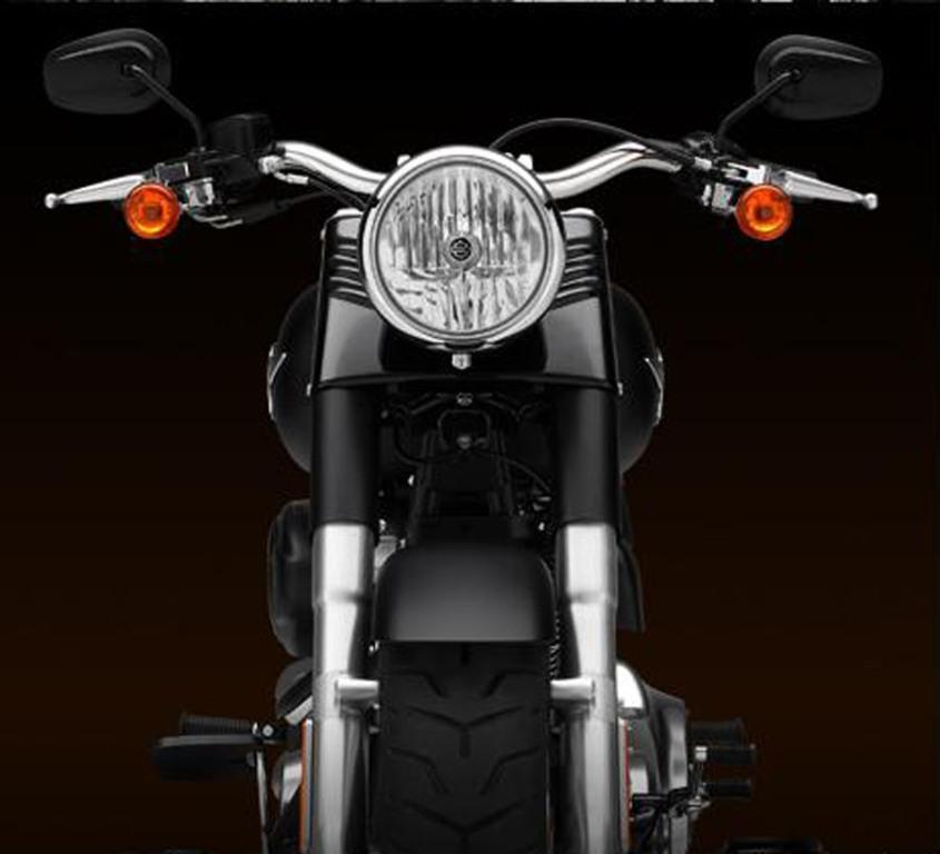 Foto de Harley-Davidson FLSTFB Softail Fat Boy Special (3/12)