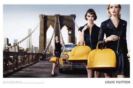 Louis Vuitton se va de viaje con las mejores modelos y su bolso Alma