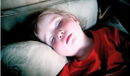 Dormir poco relacionado con la Obesidad en niños y adolescentes