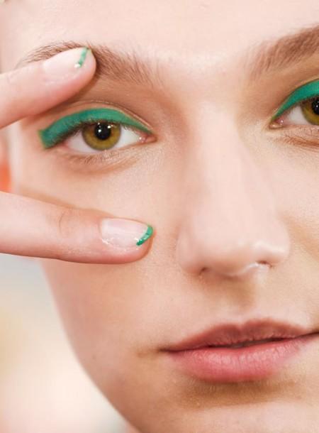 El matchy-matchy de las uñas y ojos