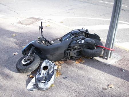 722f5fbd243 ¿Tienes una moto guardada sin seguro y sin ITV? Pues cuidado porque puede  salirte muy caro