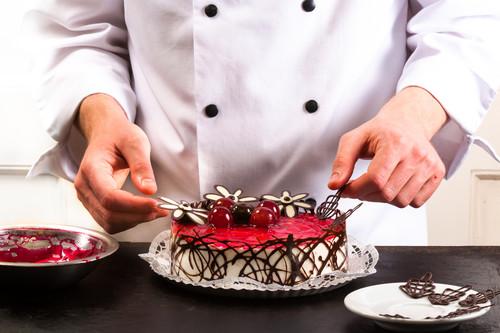 Vídeo: cuatro formas fáciles y lucidas de decorar con chocolate